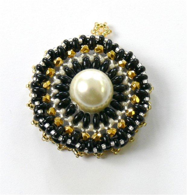 Pandantiv perle sticla
