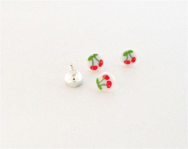 Mini cirese - cercei pe ureche