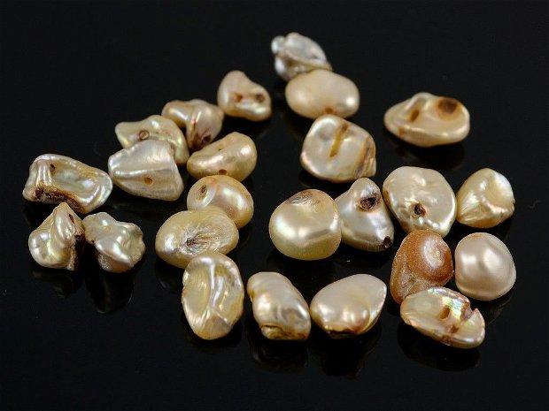 H598 Perle Biwa aprox. 6-12mm galbui