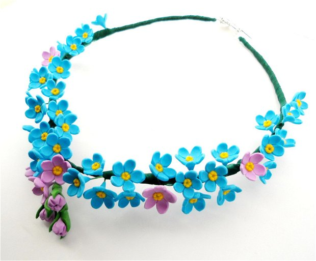 ''Forget-me-not''- colier