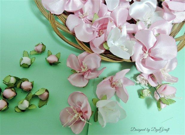 Flori de cires textile