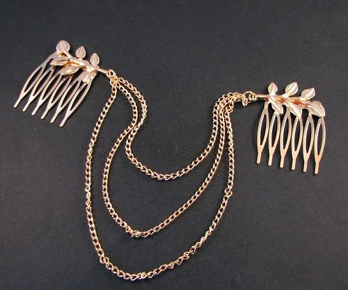 4402- SET 2 piepteni, frunze, lantisoare, aliaj metalic auriu