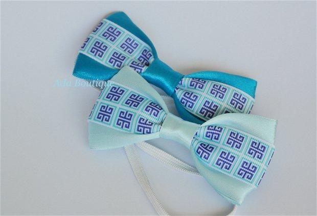 Mini papion cu model geometric  bleu