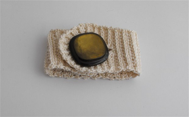 Cuff crochet bracelets - crem