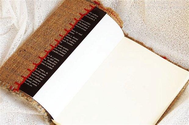 Coperta de carte de inspiratie traditionala cu cusatura manuala 1