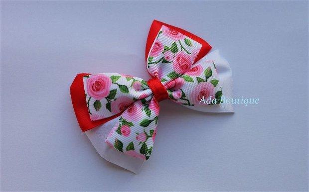 Agrafa-martisor cu trandafiri roz
