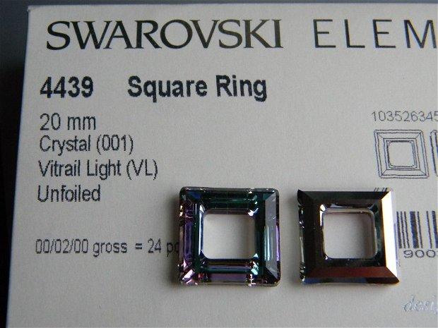Pandantiv Swarovski - Square Ring 20 mm - 4439-VL