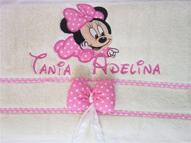 Prosop de baie copii personalizat cu  baby Minnie