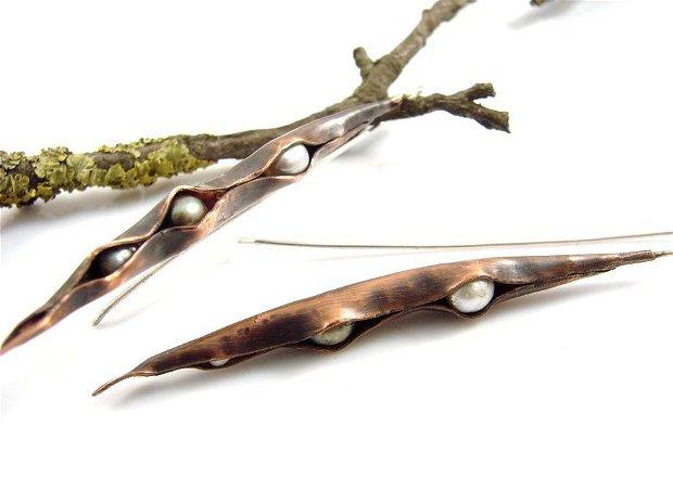 Cercei lungi din argint 925 ,cupru partial oxidat si perle de cultura
