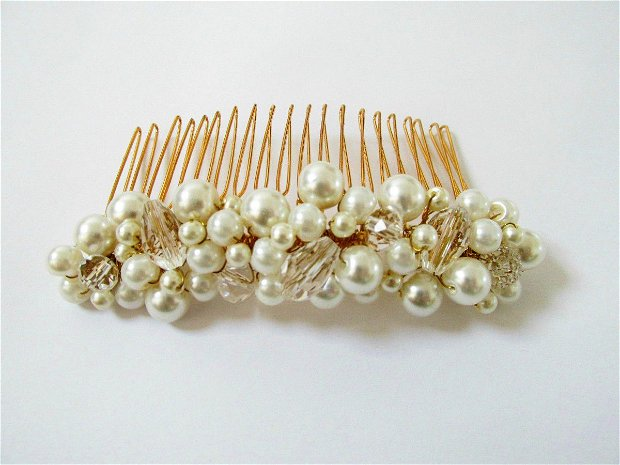 Pieptene auriu cu perle ivory si cristale