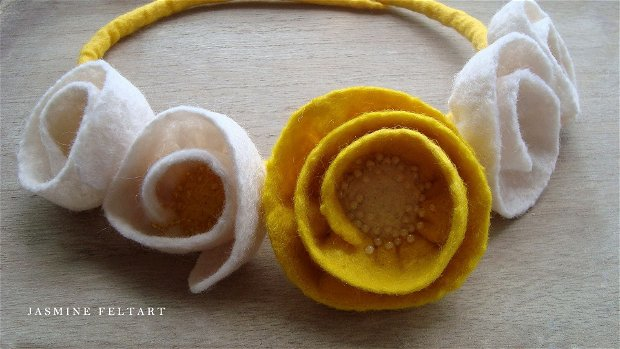 Colier Flowers of Jasmine