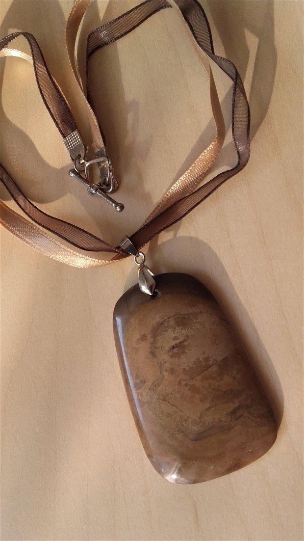 Colier cu pandantiv jasper 6cm