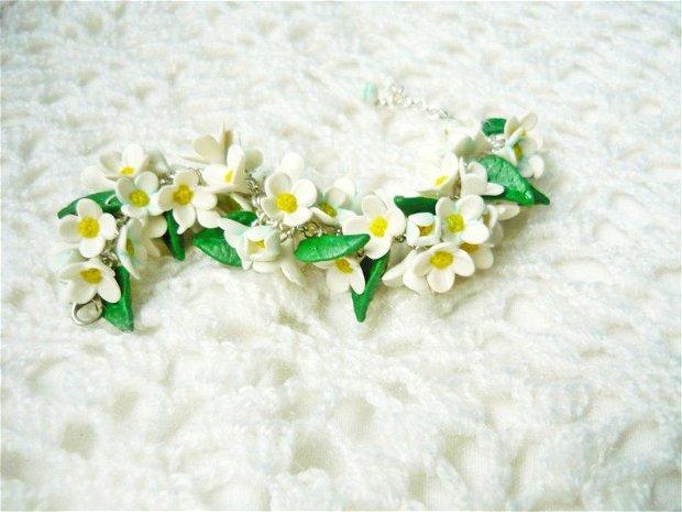 Set cu liliac alb
