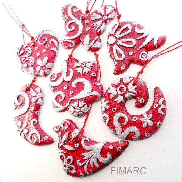 Decoratiuni pentru brad(rosii2)