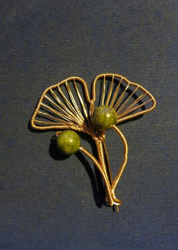 Broșă Frunză de ginkgo