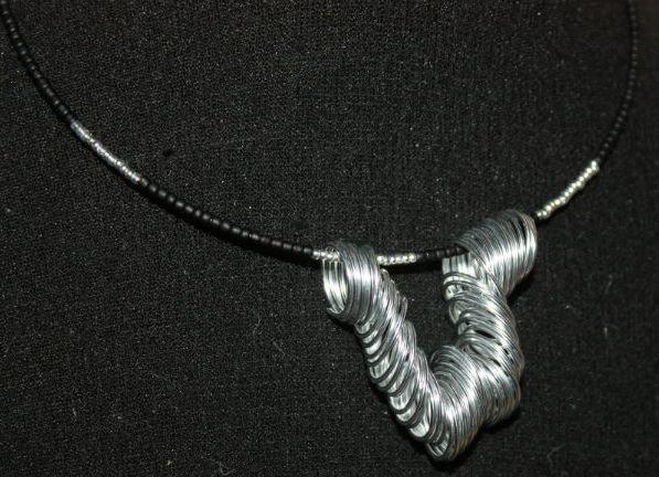 colier din sarma si margele de nisip - silver & black