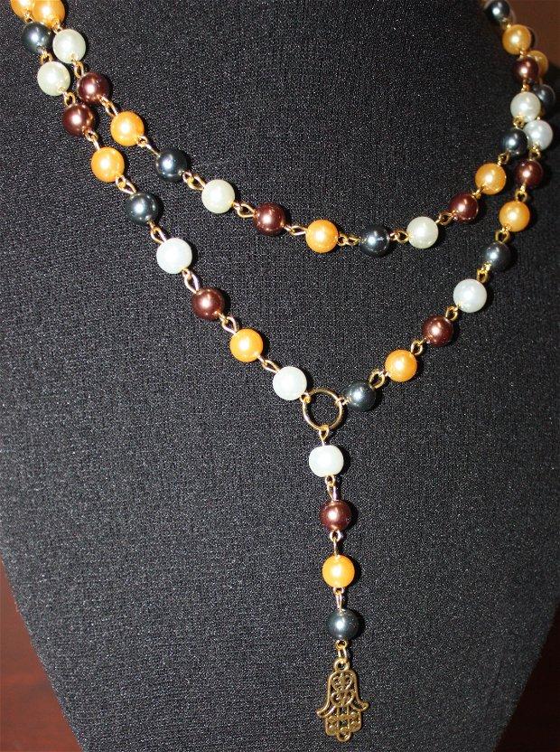 colier din perle artificiale si link mana lui hamsa