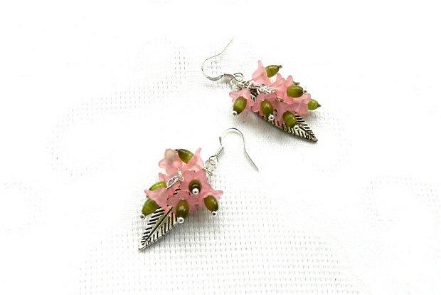 Cercei zambile roz