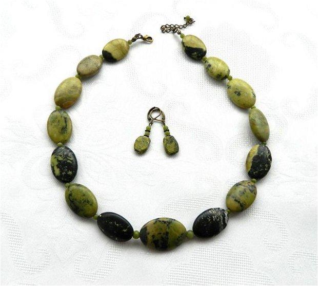 Set olive jasp
