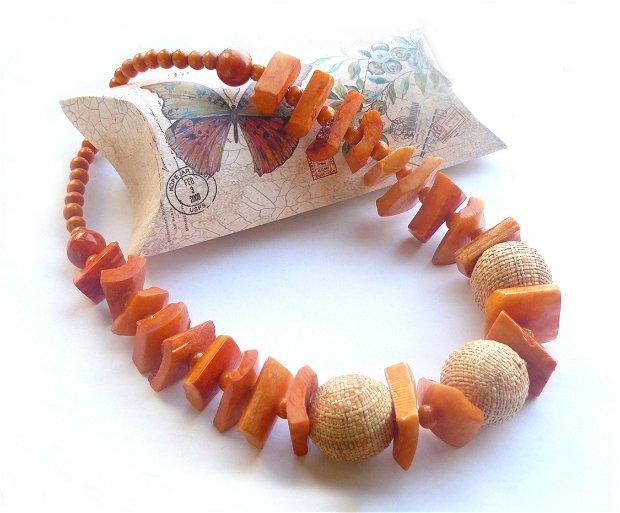 Colier portocaliu