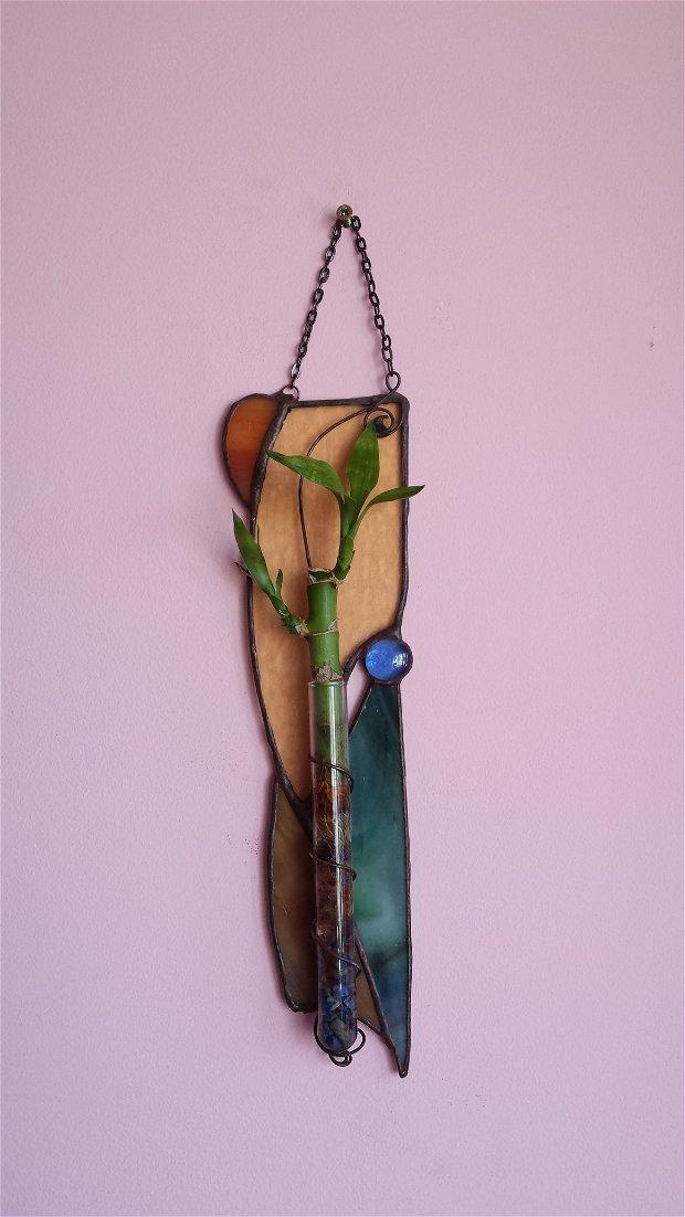 Vaza vitraliu suport bambus