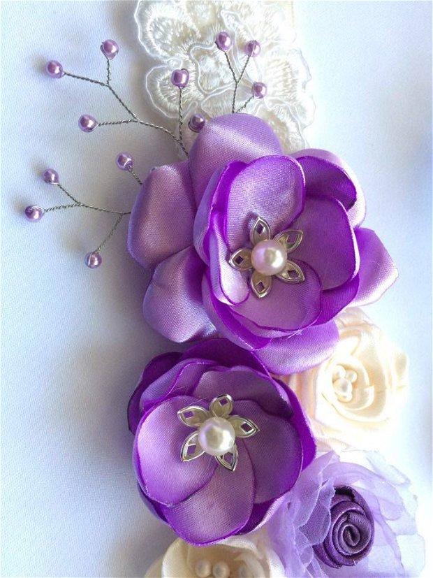 * Brau elegant, lila si bej, cu perle, stamine si dantela ivory / cordon elegant / curea rochie *