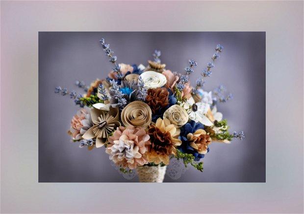 Buchet din flori de hartie, cu lavanda, flori uscate, accente de cafea si mac.