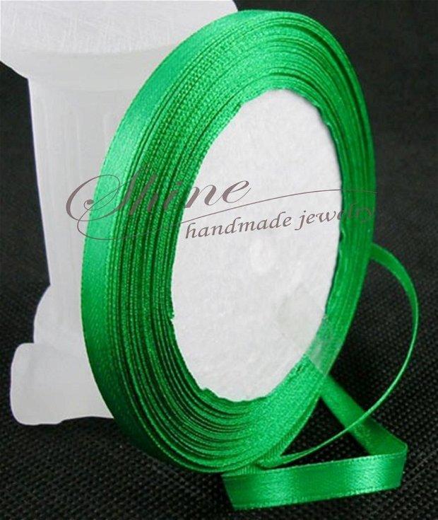 Panglica satin verde, 12mm