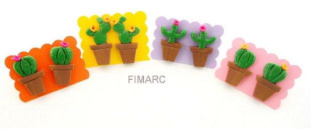 Cactusi - cercei pe ureche