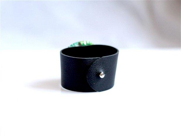 Bratara Piele Neagra cu Rozeta Multicolora Violet Turquoise Verde