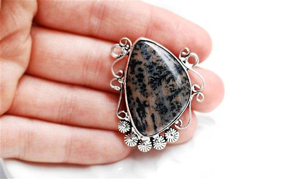 Pandantiv asimetric cu opal dendritic