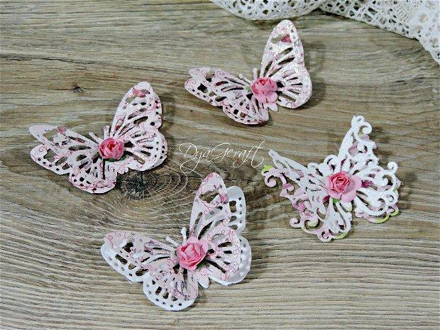 Fluturi shabby roz