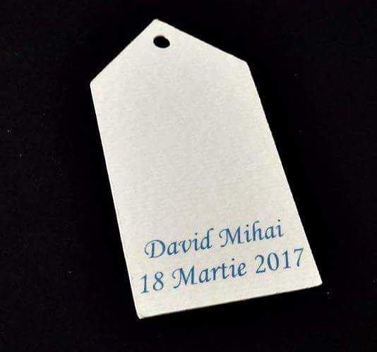 Etichete marturii