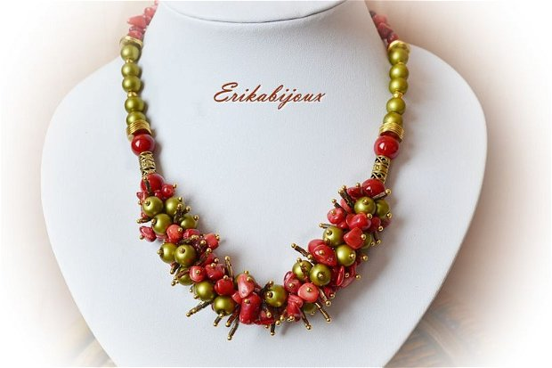 Colier perle cu coral /verde oliv  -rosu