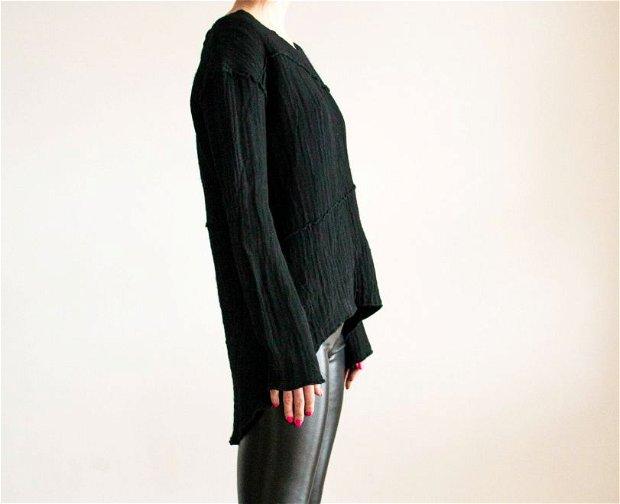 Bluza neagra asimetrica