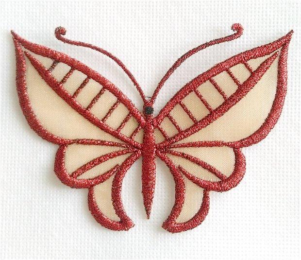 Brosa fluture brodat pe organza aurie cu ata metalica rosu grena