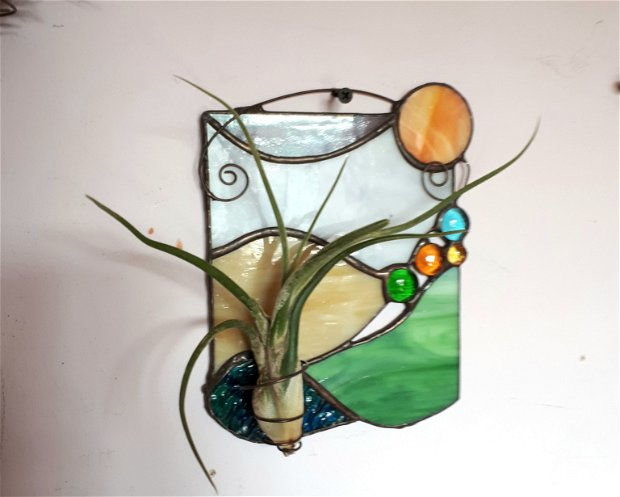 Decoratiune vitraliu cu air plant