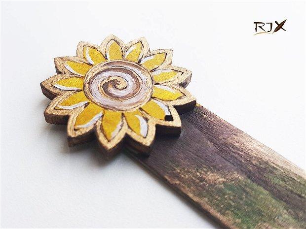 FLOAREA SOARELUI - Semn de carte din lemn, pictat manual
