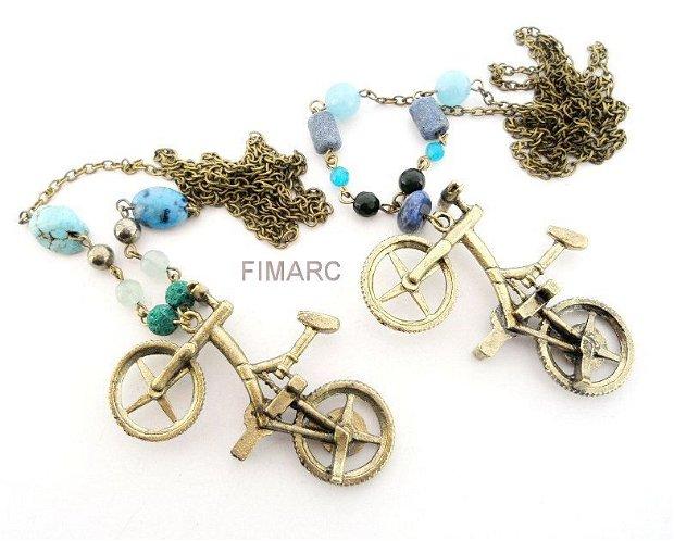 ''Cu bicicleta la sosea''- colier