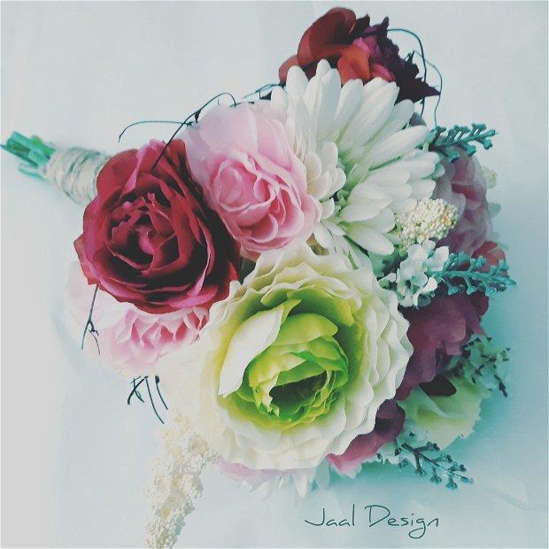 Buchet mireasă din flori de mătase