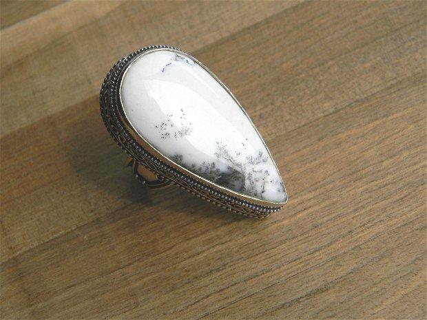 Inel opal dendritic (IN2)