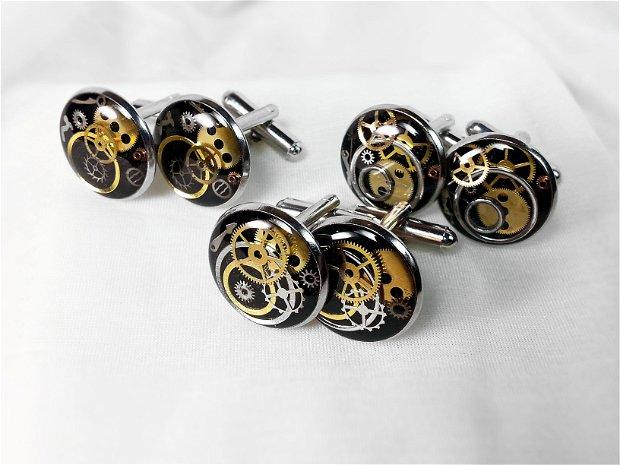 Butoni steampunk cu piese de ceas, butoni din rasina, cadou set pentru el unisex