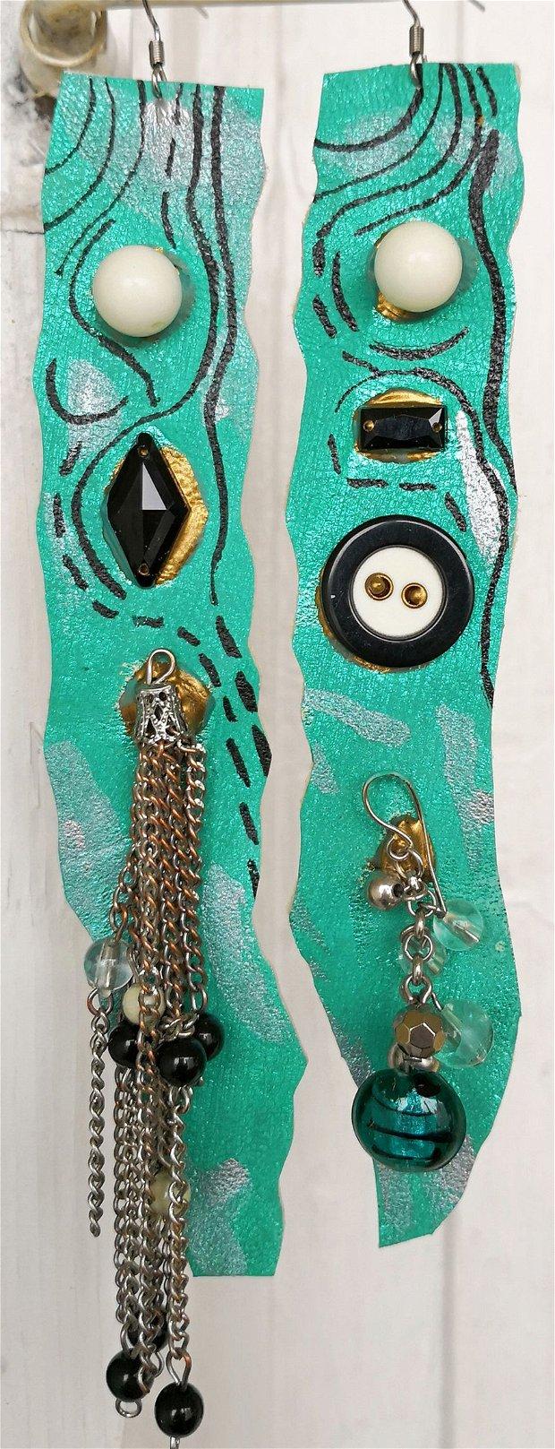 Cercei din piele turcoaz foarte lungi handmade, cercei cu lant si margele
