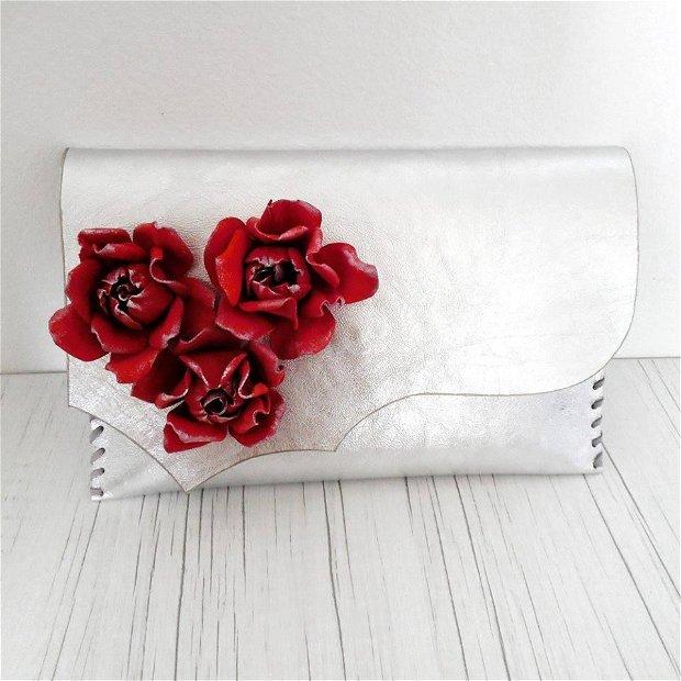 poseta plic handmade unicat din piele - Red Roses on Silver