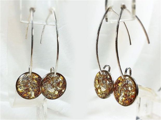 Cercei argint 925 marcat, aramii aurii stralucitori triunghiulari, cu foita de argint si rasina colorata