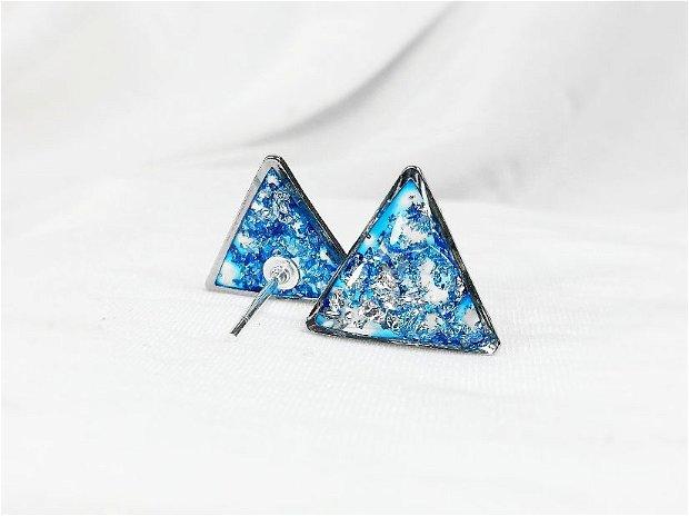 Cercei Argint 925 cu foita de argint si rasina, cercei triunghi bobita stralucitori cu surub