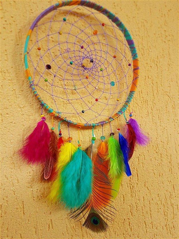 Dreamcatcher in culorile curcubelui