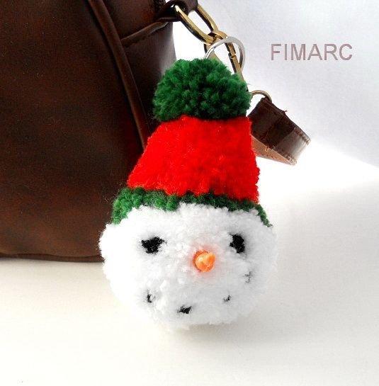 Snowman Pom Pom - breloc pt.genti, ghiozdane, rucsacuri,oglinda masinii..etc