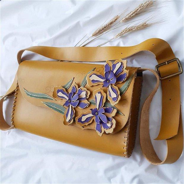 "Geanta ""Crossbody"" handmade unicat -Iris Flowers"