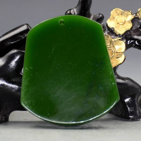K0556 # Pandantiv, Corabia bogatiei, jad de sinteza, 52x46x11mm